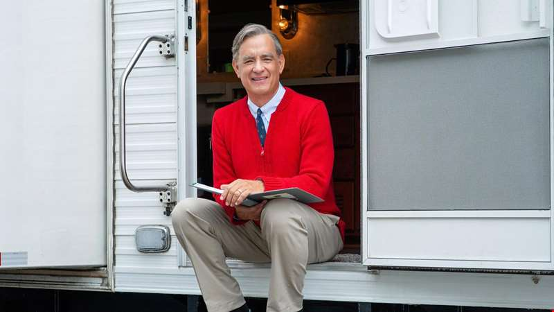 First image of Tom Hanks as Mister Rogers unveiled