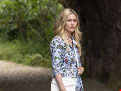Julia Stiles to lead new prequel to hit horror Orphan