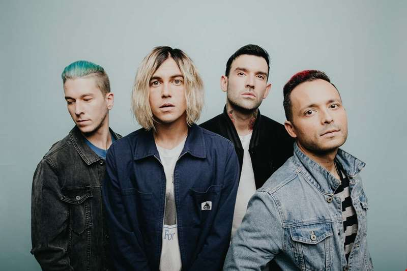 """This is the most personal record I've ever done. I didn't try to sugarcoat anything"" - Kellin Quinn talks hmv.com through Sleeping With Sirens' new album How It Feels To Be Lost"