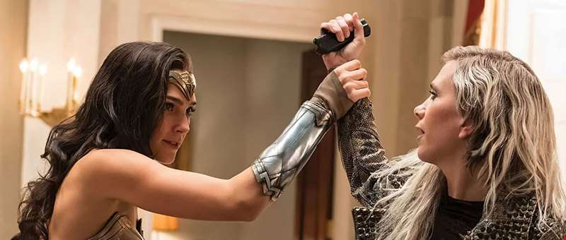 Get a first look at Kristen Wiig's Cheetah in the stunning new trailer for Wonder Woman 1984