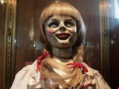 Spooky full trailer for Annabelle Comes Home debuts online