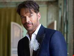 """It's like being a painter and having literally every colour in the rainbow to paint with..."" Harry Connick Jr talks honouring Cole Porter on new LP True Love"