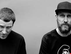 """We wanted to have a strong female presence on the album, we felt that was kind of important…"" hmv.com talks to Sleaford Mods"