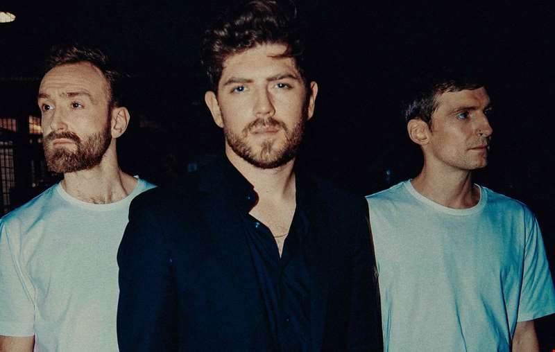 """If something wasn't exciting or it wasn't making us feel uncomfortable then we'd delete it...."" - Twin Atlantic talk line-up changes, unfamiliar surroundings and their new album POWER"