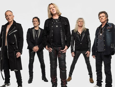 """We have a whole new audience... it lets new fans know what we are all about"" - hmv.com talks to Def Leppard"