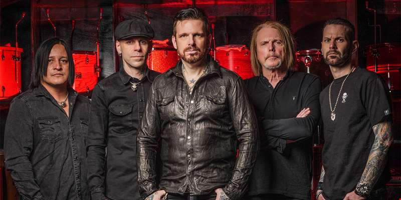 """Black Star Riders is bigger than the sum of its parts. There was no way we were going to stop..."" - Ricky Warwick talks to hmv.com"
