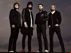 Tom Meighan steps down as Kasabian frontman due to 'personal issues'