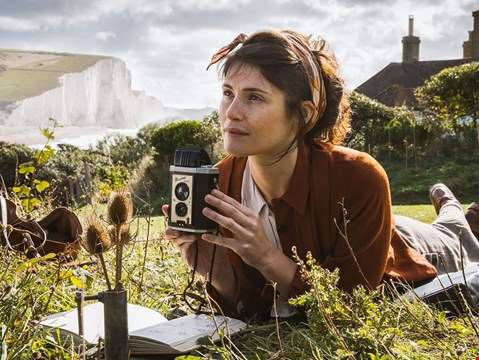 hmv.com talks Summerland with Gemma Arterton and director Jessica Swale...