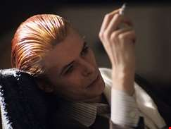 The Man Who Fell To Earth set for TV adaptation