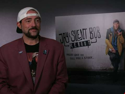 """I almost died. Do you think I give a sh*t what some stranger writes about me?"" - hmv.com talks to Kevin Smith"