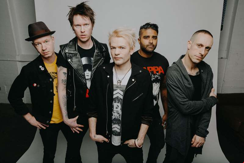 """I don't think this is a political record, it's a personal record..."" - Sum 41's Deryck Whibley talks new album Order In Decline"