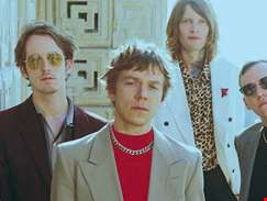 """We wanted to contrast between high life and low life"" - hmv.com talks to Cage The Elephant"