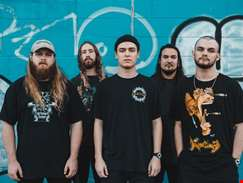 """We just wanted to find new ways to be heavy"" - Knocked Loose talk new LP A Different Shade Of Blue"