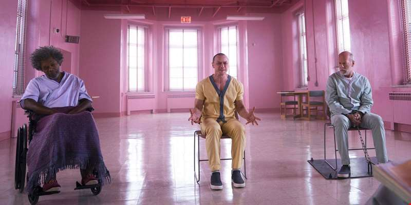 Dark new trailer for for M. Night Shyamalan's Glass debuts online