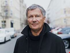 """We lived with little money, but with a lot of freedom and time..."" - hmv.com talks to Michael Rother"