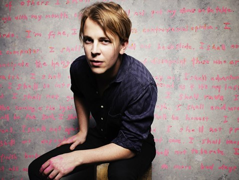 """Inspiration doesn't have to be beautiful…"" - hmv.com talks to Tom Odell"
