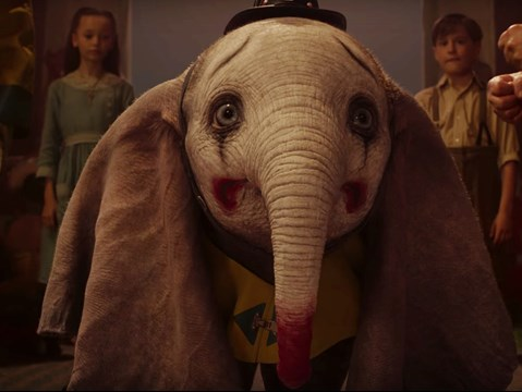 Dumbo takes flight in the final preview for Disney's new live-action spectacular