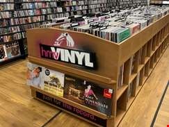 hmv Doncaster re-opens with a new look and more vinyl...